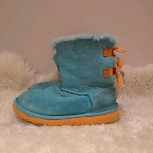 Uggs size 3 kids